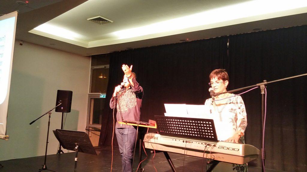 עם יהודה אליאס במופע ליום ירושלים